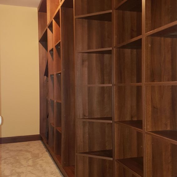 Shelves-Fitted Wardrobe